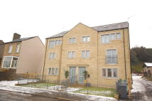 2 bed Apartment to rent in Banks Road, Linthwaite...