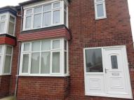 3 bedroom semi detached home to rent in Oakwood Road East...