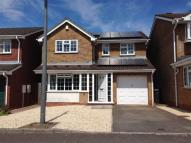 Detached property to rent in Superb Detached House