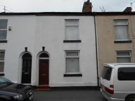 Terraced home to rent in OLD ROAD, Hyde, SK14