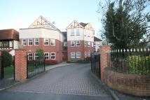 2 bed Apartment in High Road...