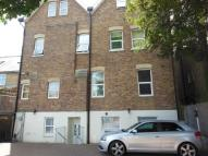 Apartment to rent in QUEENS ROAD...