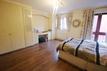 Maisonette to rent in Netley Street...