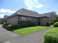 Semi-Detached Bungalow to rent in Metcalfe Close...