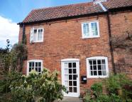 Studio flat in King Street, Southwell...