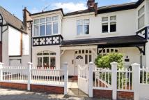4 bed house in Abinger Road, Chiswick...