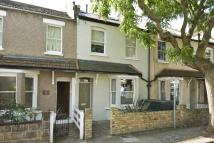 4 bed property to rent in Reckitt Road, Chiswick