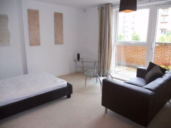 Studio Apartment Zurich studio flat to rent in hansen court, zurich house, cardiff, south