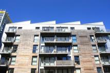 Apartment to rent in Geoffrey Watling Way...