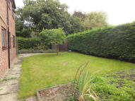 3 bed Ground Flat to rent in High House Avenue...