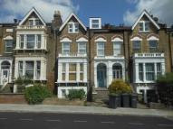 1 bed Apartment to rent in Endymion Road, London, N4