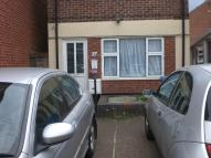 Nelson Street Ground Flat to rent
