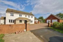6 bed Detached home in Chelworth Road...