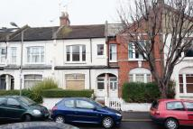 2 bed Flat to rent in Algarve Road, London