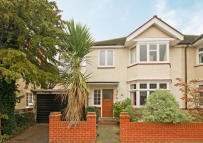 4 bed property for sale in Guilford Avenue, Surbiton