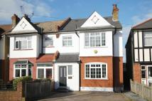 4 bed home in Gloucester Road, Kingston