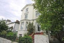 Flat to rent in Cadogan Road, Surbiton