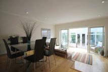 3 bedroom property to rent in Grove Road, East Molesey