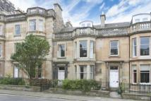 4 bedroom Flat in Lennox Street, Edinburgh...