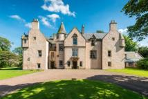 Detached property in Keith Marischal House...