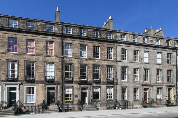 studio flat for sale in torphichen street edinburgh. Black Bedroom Furniture Sets. Home Design Ideas