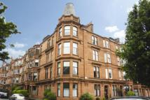 3 bedroom Flat in Flat 2/2...