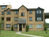 Apartment to rent in Waterville Drive, Vange...