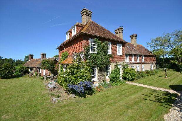 8 bedroom detached house for sale in east end lymington so41 for 8 bedroom house for sale