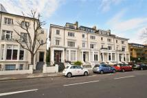 Apartment to rent in Belsize Avenue, London,