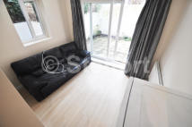 Apartment to rent in Witley Road, London, N19