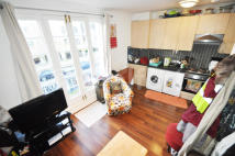 Apartment to rent in Southampton Road, London...