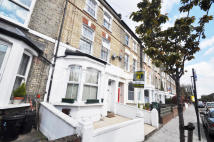 Gillespie Road Terraced house to rent