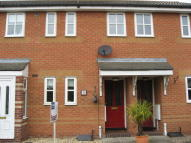 Terraced property to rent in Worthington Road...