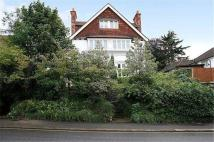 6 bedroom Detached home to rent in Coombe Road, Croydon, CR0