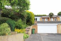 Semi-Detached Bungalow in Donridge, Donwell...