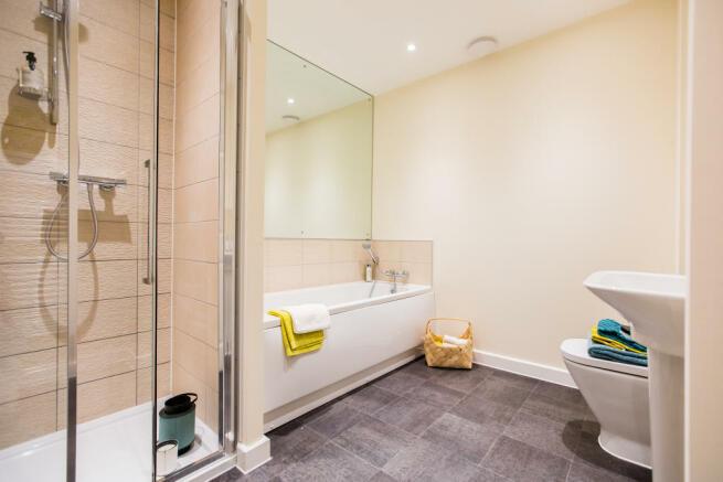 Doveridge_Bathroom_1