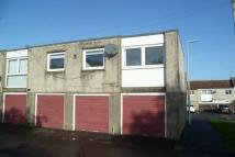 2 bedroom Flat to rent in Huntly Drive, Glenrothes...