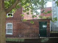 1 bed Ground Flat in Church Walk, Newark...