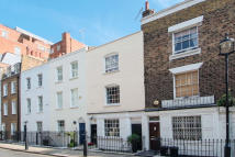 3 bedroom Terraced house in Knox Street, London, W1H