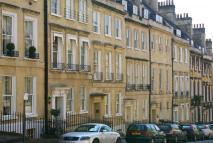 1 bed Apartment in Russel Street