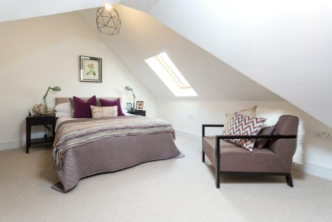 Bedroom, N16