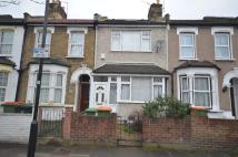 Terraced home to rent in Upperton Road West...