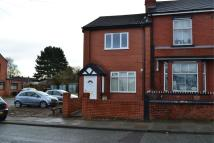Flat to rent in Downall Green Road...