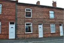 Terraced home to rent in Baldwin Street, Scholes