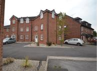 Flat in Pear Tree Court, Aspull...