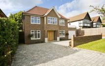 5 bed Detached home to rent in Mizen Close, Cobham...
