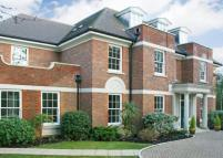 7 bedroom Detached home to rent in Eaton Park Road, Cobham...