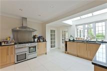 5 bedroom Detached home to rent in Fairmile Park Road...