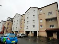 2 bedroom Flat to rent in Lenzie Way Springburn