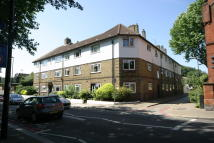 Flat for sale in Latchmere Road...
